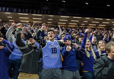 The Kansas State Wildcats face off against the Oklahoma Sooners at Bramlage Coliseum in Manhattan, Kan., on Jan. 16, 2018. (Olivia Bergmeier | Collegian Media Group)