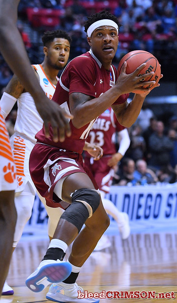 SAN DIEGO, CA - MARCH 16:  Jemerrio Jones #10 of the New Mexico State Aggies looks to drive against the Clemson Tigers during a first round game of the Men's NCAA Basketball Tournament at Viejas Arena in San Diego, California. Clemson won 79-68.  (Photo by Sam Wasson)