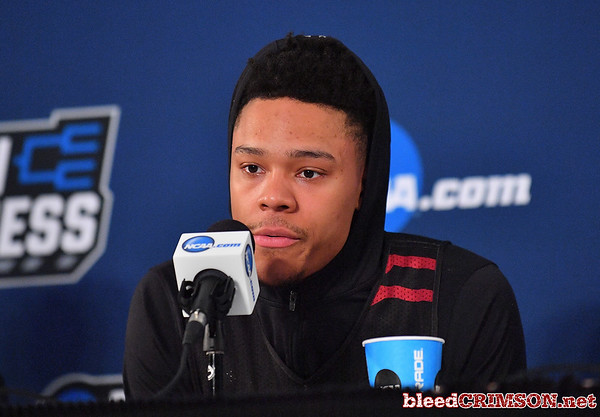 SAN DIEGO, CA - MARCH 15:  Zach Lofton #23 of the New Mexico State Aggies addresses the media during media day of the Men's NCAA Basketball Tournament - San Diego - Practice Sessions at Viejas Arena in San Diego, California.  (Photo by Sam Wasson/bleedCrimson.net)