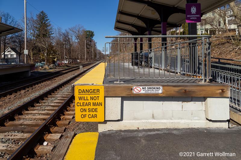 Melrose Highlands station