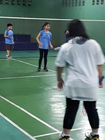 Mati and Charli Badminton Lessons