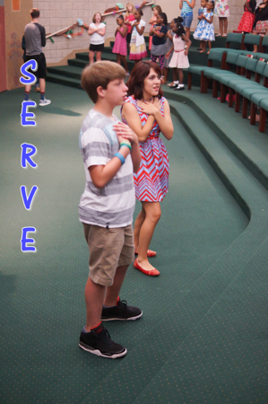 Landon-Olivia - blue serve