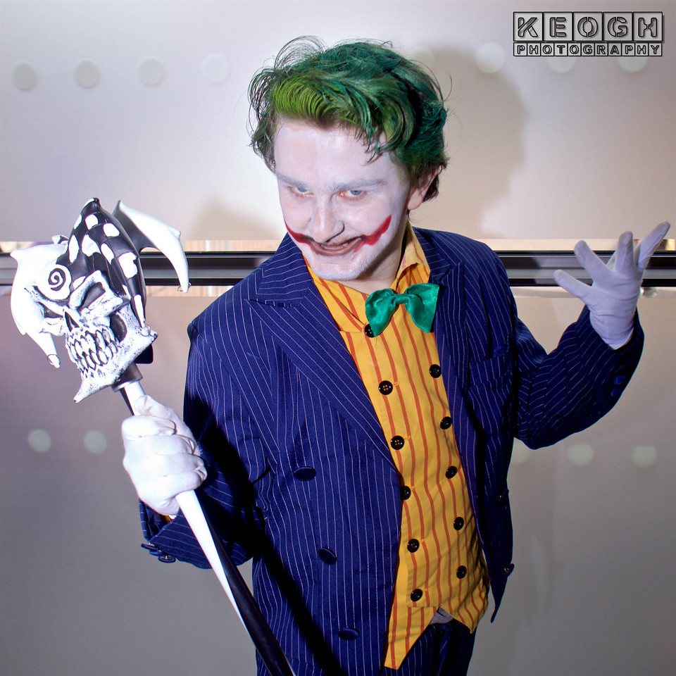 Arkham Asylum, Arkham City, Arkham Knight, Bang, Bang Flag Gun, Batman, Black, BorderFX, Bow Tie, Buttons, Comics, Cosplayer, DC, DC Comics, Gloves, Green, Gun, Jacket, Joker, Male, Orange, Yellow,  Pants, Pin Stripes, Purple, Red, Manchester Film & Comic Con 2016, Shirt, Shoes, Suit, The Joker, White, Yellow, Walking Cane, Suicide Squad