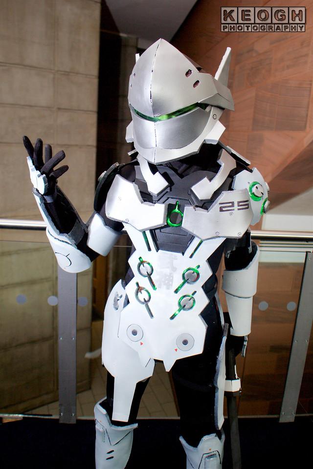 MCM Manchester Comic Con 2016, Cosplay, Cosplayer, Male, Video Game, Overwatch, Genji, Japan, Cyborg Ninja, Ninja, Cyborg, Amour, Robot, Shuriken, Katana, Odachi, Warrior, Hero, First Person Shooter, Shoot Em Up
