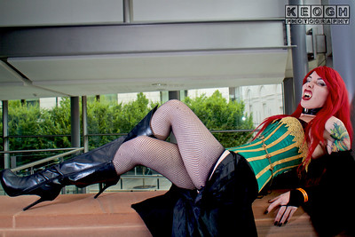 Black, Blue, Boots, Coper, Chains, Choker, Comic, Corset, Cosplayer, Esmee, Fangs, Female, Graphic Novel, Green, High Heeled Boots. Tattoos, High Heels, Indie Comic, Knickers, Lace, Leather, Orange, Red, MCM Manchester Comic Con 2016, Shorts, Stockings, Stockings  Suspenders, Suspender Belt, Suspenders, Vampire, Wig