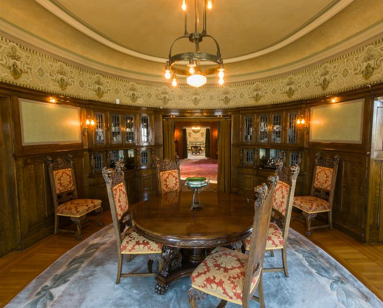 Magic Chef Mansion Dining Room