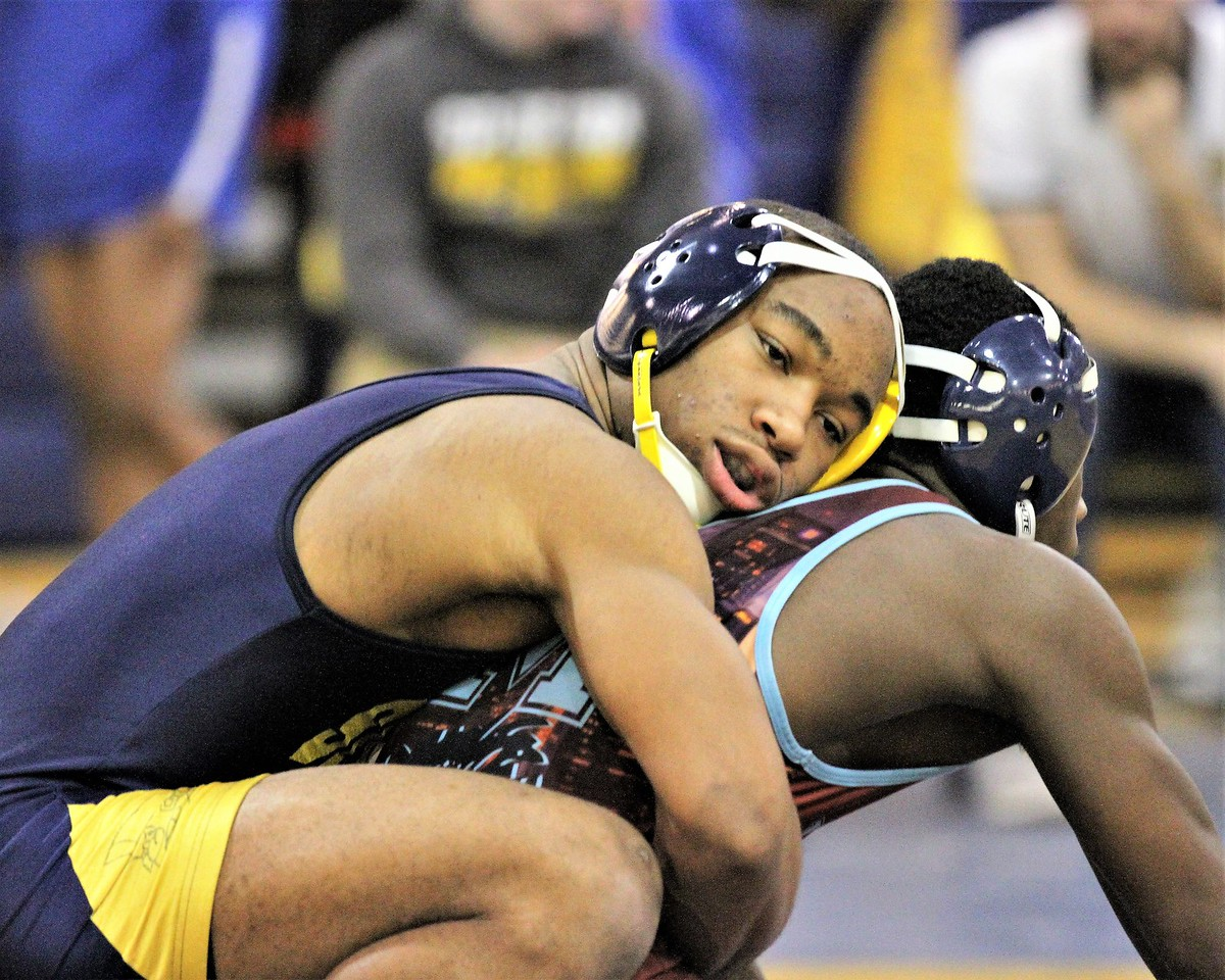 Fitzgerald's Calvin Davis advances to the 140 weight class finals. The Division 2 individual wrestling districts were hosted at Fitzgerald on February 10, 2018. THE MACOMB DAILY PHOTO GALLERY BY GEORGE SPITERI