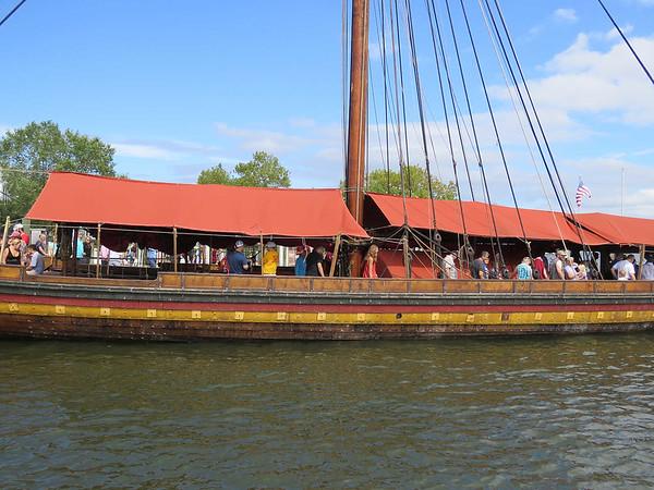 side view of the Draken Harald Hårfagre