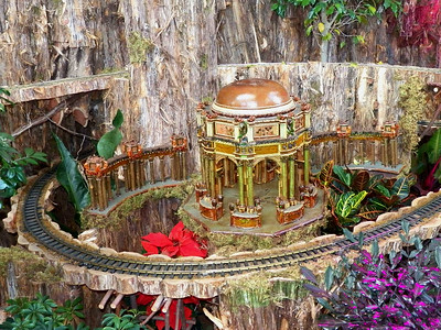 model of the Palace of Fine Arts from the 1915 Panama Pacific Exposition, US Botanic Garden