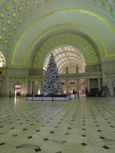 the 2018 Union Station Christmas tree