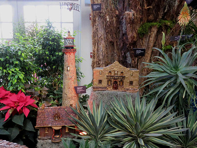 models of Cape Florida Lighthouse and the Alamo, 2016 Christmas train display