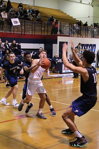 Dakota defeated host Stevenson 65-59 in a MAC Red Division game on January 8, 2019. (Photo gallery by Kevin Lozon)