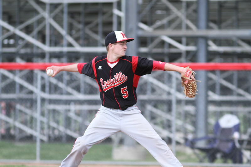 Tyler Fessenden threw a complete game, yielding five hits in Roseville's 5-2 win over Lake Shore in Tuesday's Division 1 district quarterfinal. (Photo by Bill Roose)