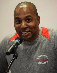 Lincoln football coach Darrius Alexander