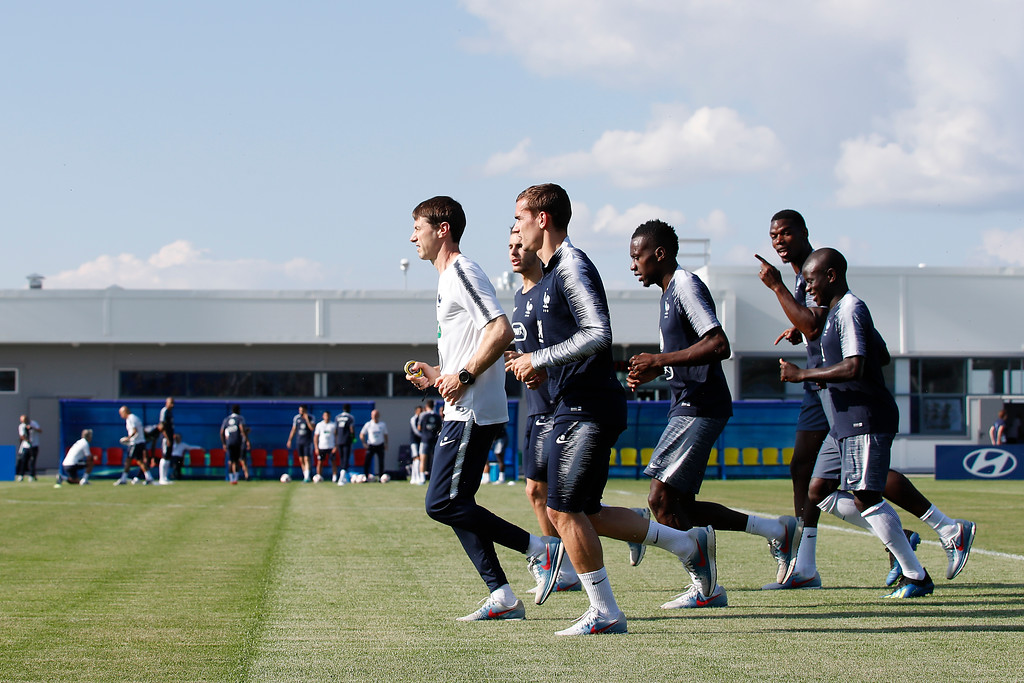 . France\'s Antoine Griezmann, Blaise Matuidi, Paul Pogba and Ngolo Kante run on the field during a training session at the 2018 soccer World Cup in Glebovets, Russia, Thursday, July 12, 2018. (AP Photo/David Vincent)