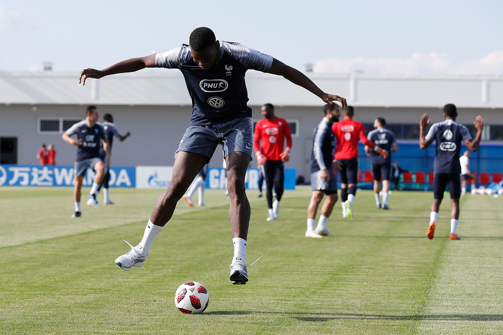 . France\'s Paul Pogba dribbles the ball during a training session at the 2018 soccer World Cup in Glebovets, Russia, Thursday, July 12, 2018. (AP Photo/David Vincent)