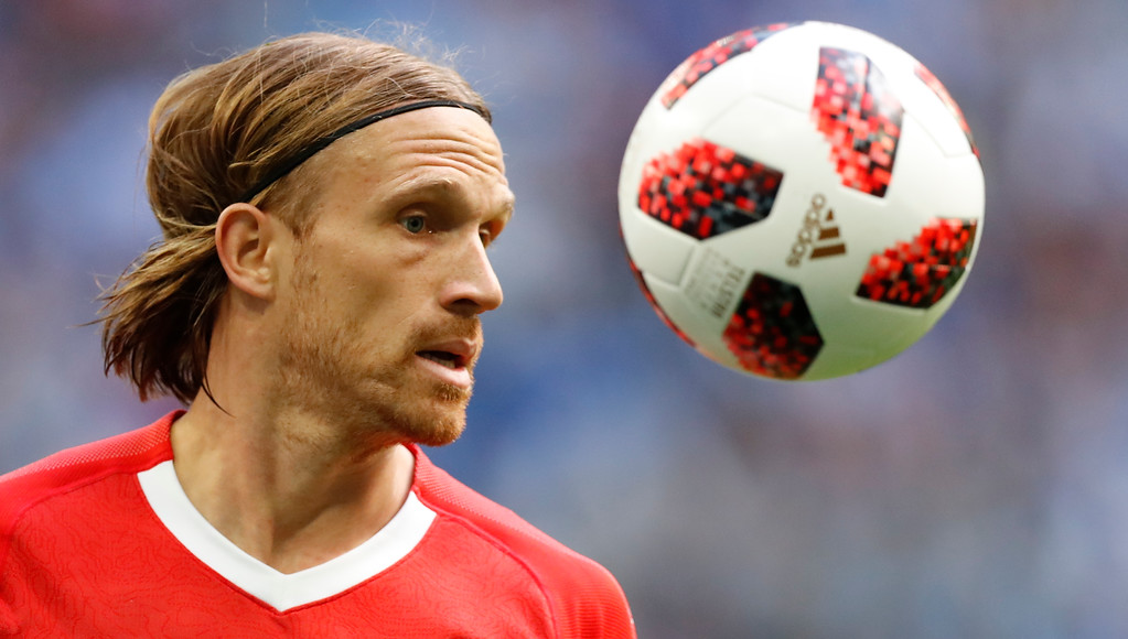 . Switzerland\'s Michael Lang controls the ball during the round of 16 match between Switzerland and Sweden at the 2018 soccer World Cup in the St. Petersburg Stadium, in St. Petersburg, Russia, Tuesday, July 3, 2018. (AP Photo/Efrem Lukatsky)