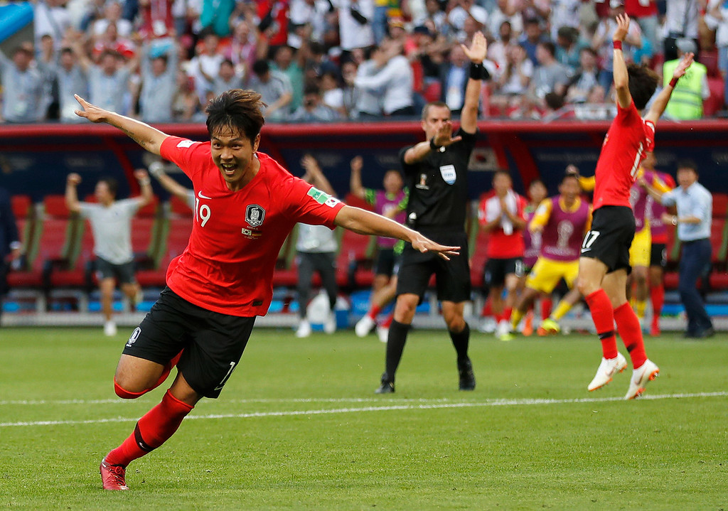 . South Korea\'s Kim Young-gwon celebrates scoring his sides first goal during the group F match between South Korea and Germany, at the 2018 soccer World Cup in the Kazan Arena in Kazan, Russia, Wednesday, June 27, 2018. (AP Photo/Frank Augstein)