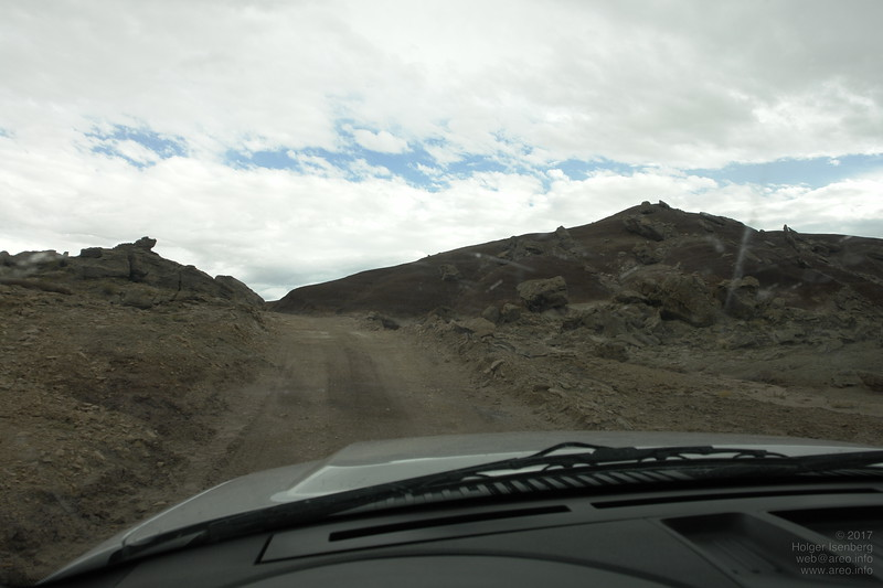 Gravel-road on the last few km to the MDRS