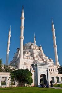 Sabancı Merkez Camii, the largest mosque in Turkey, located in Adana.