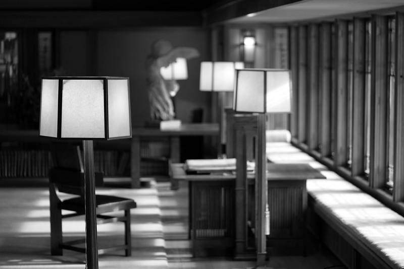 Frank Lloyd Wright Light