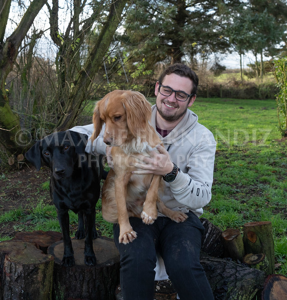 Ben and Dogs Dec 2018-7775