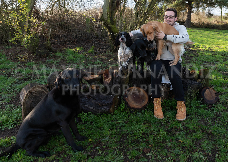Ben and Dogs Dec 2018-7768