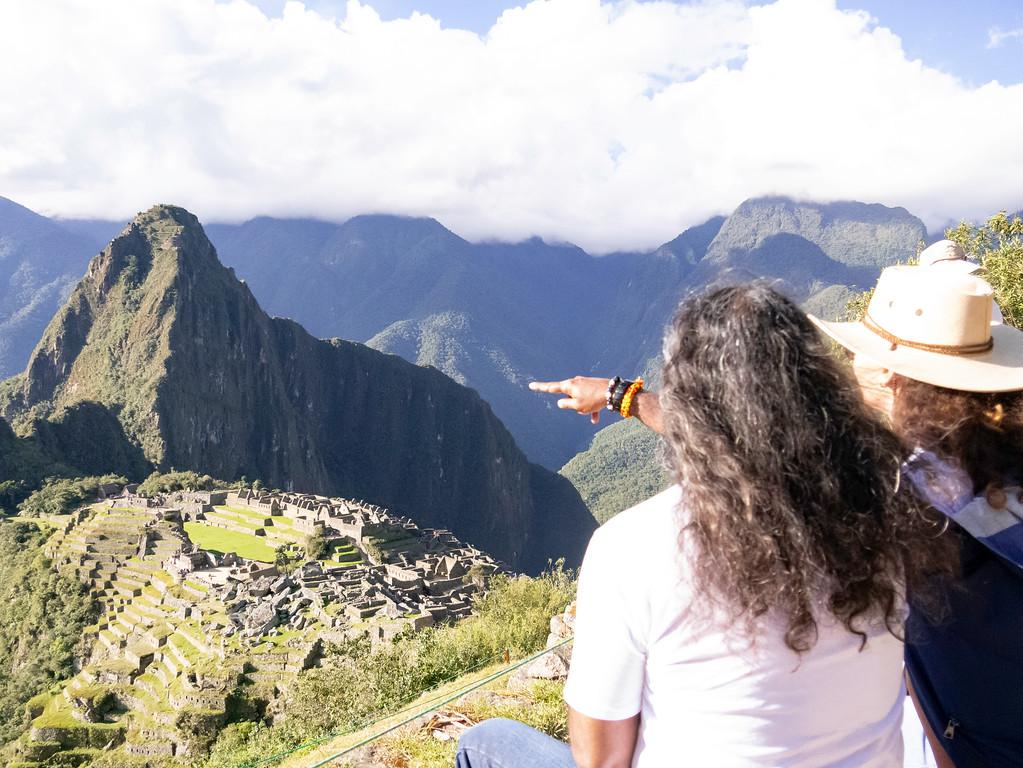 Mohanji Pointing the Mountain