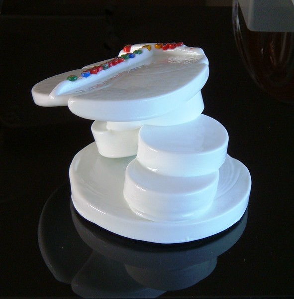 Joel Philiop Myers Milk glass millifiore scupture view 1