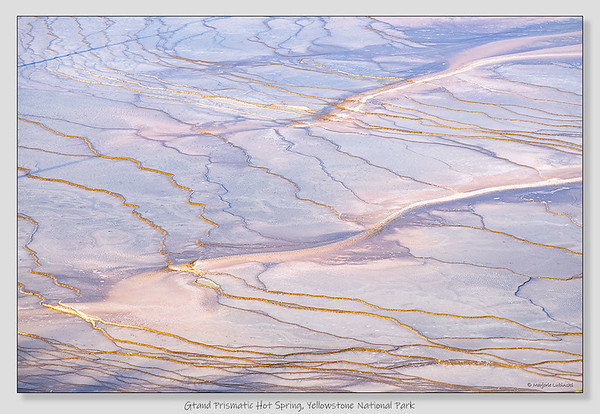 Grand Prismatic Hot Spring / Yellowstone National Park / Wyoming