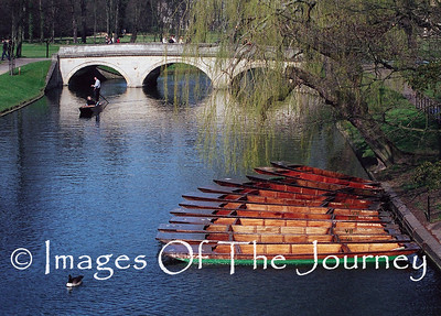 Bridge Over The River Cam  Cam Bridge England (The University)  The famous punts.