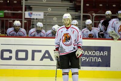 Белые Медведи (Челябинск) - Кузнецкие Медведи (Новокузнецк) 3:2. 5 сентября 2012