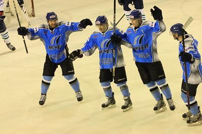 В первенстве Молодежной хоккейной лиги челябинский Мечел продолжает побеждать в плей-офф
