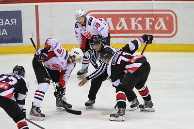 Решающий матч полуфинала восточной конференции Молодежной хоккейной лиги между Белыми медведями и Омскими ястребами пройдет в Челябинске 3 апреля