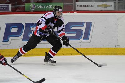 Официальный сайт федерации хоккея России опубликовал состав российской сборной до восемнадцати лет, которая сыграет на чемпионате мира в Финляндии.