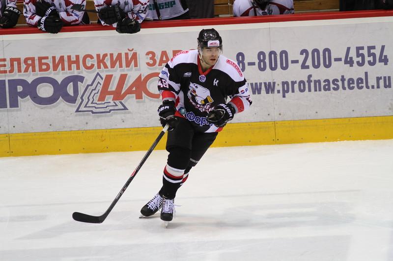 Капитан челябинской молодежной команды МХЛ Белые медведи Владимир Ионин прокомментировал в интервью 74hockey.ru победу своей команды над тольяттинской Ладьей
