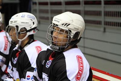 Нападающий молодежной челябинской команды МХЛ Белые медведи Юрий Могильников рассказал в интервью 74hockey.ru о победе своей команды над Тюменским легионом.