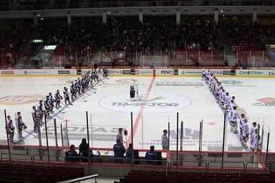 Челябинская молодежная команда МХЛ Белые медведи выиграла в овертайме в Кургане у местного Юниора со счётом 2:1.
