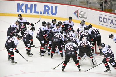 Челябинская молодёжная команда МХЛ Белые медведи выиграла у Ладьи из Тольятти со счётом 7:5.