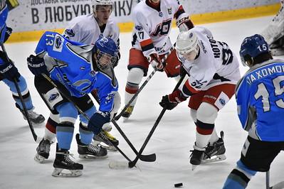 Челябинский Мечел обменялся победами с курганским Юниором в матчах первенства Молодёжной хоккейной лиги