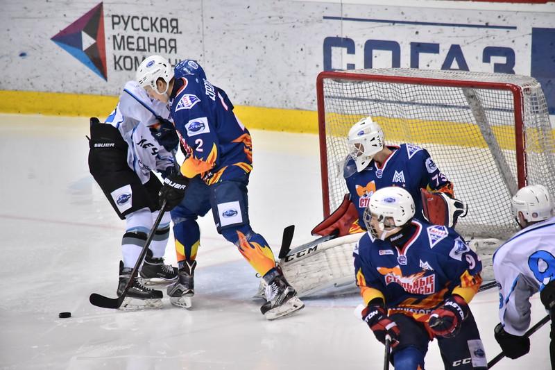 Стальные Лисы (Магнитогорск) - Мечел (Челябинск) 8:4. 22 апреля 2016