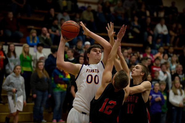 2010 MHS BOYS BB vs SPRAGUE