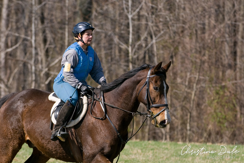 """<a href=""""http://phyxius.smugmug.com/MHT-Jumper-Derby-2010/12-18""""><b>12"""" -18"""" Equitation</b></a>  Each gallery is separated by rider, if you rode in multiple levels don't forget to check for photos of you in the other galleries!  <a href=""""http://phyxius.smugmug.com/MHT-Jumper-Derby-2010/12-18"""">Click here to view the 12"""" -18"""" galleries.</a>"""