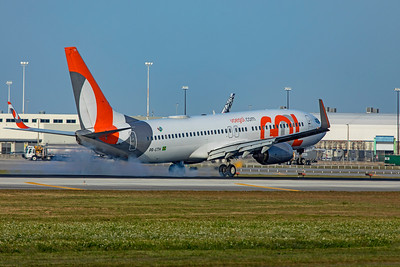 GOL Transportes Aéreos Boeing 737-8EH PR-GTH 2-13-20 2