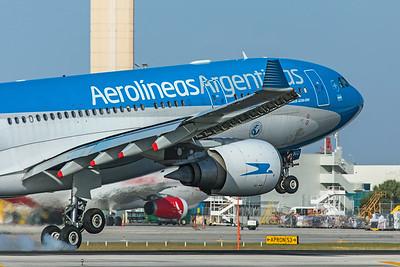 Aerolineas Argentinas Airbus A330-203 LV-GKO 2-13-20