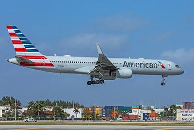 American Airlines Boeing 757-223 N199AN 2-13-20