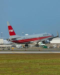 American Airlines Boeing 737-823 N915NN 2-13-20 2