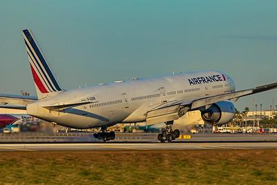 Air France Boeing 777-328(ER) F-GSQB 1-23-21