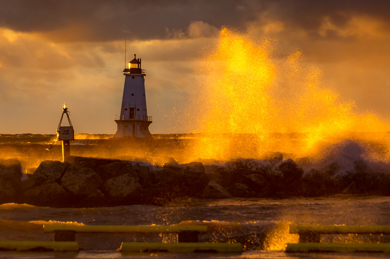Lighthouse Golden Hour