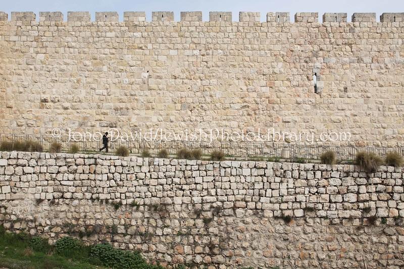 IL 3505  City walls near Jaffa Gate